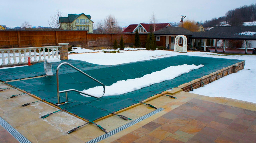 winter_pool_cover-1-1024x573